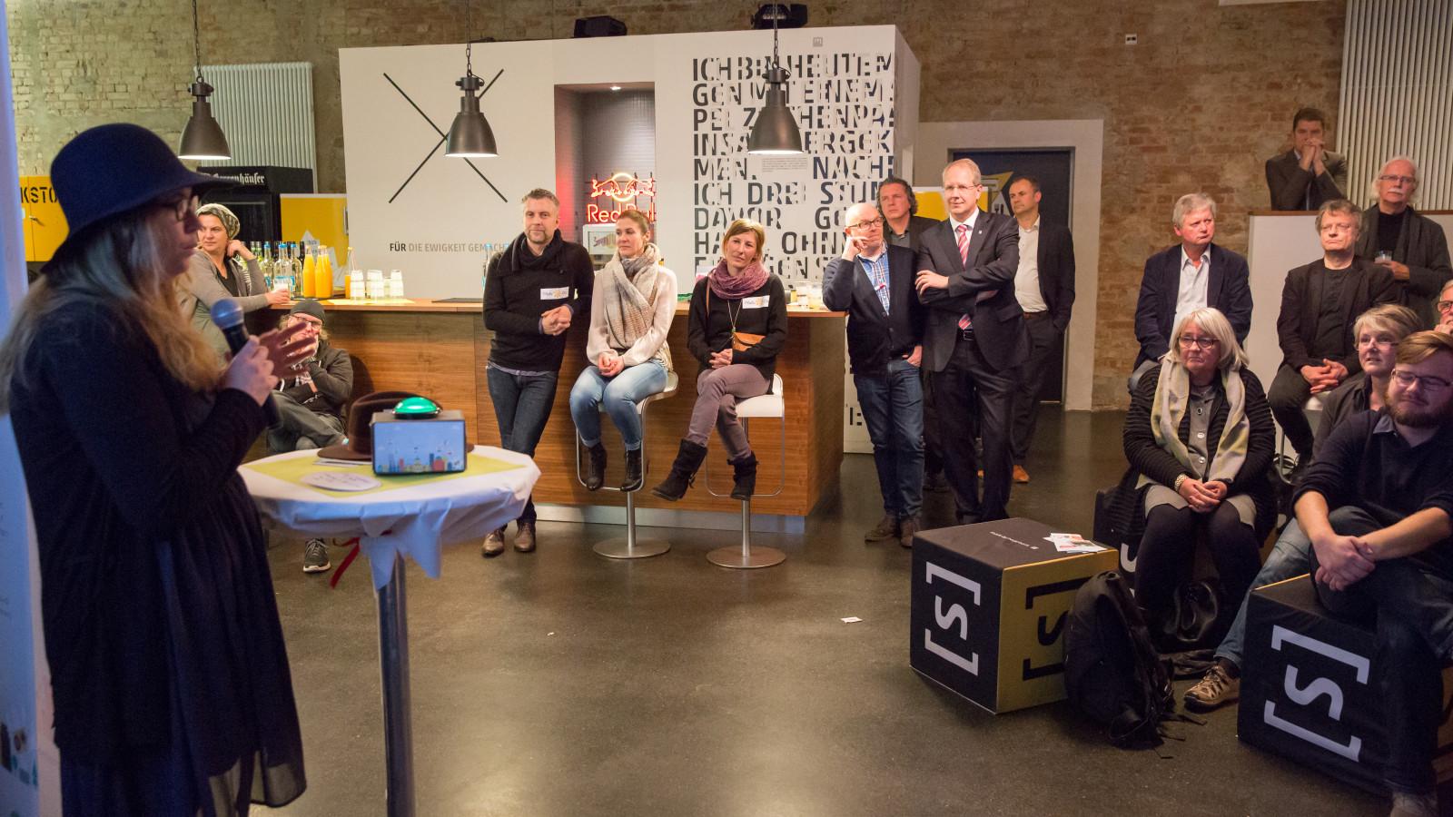 LaHannover, 21.11.2016: Start der gemeinnützigen Crowdfundingplattform HannoverMachen Foto: Michael Wallmüller